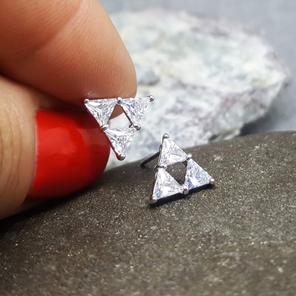 TRIANGLE SILVER STUD EARRINGS