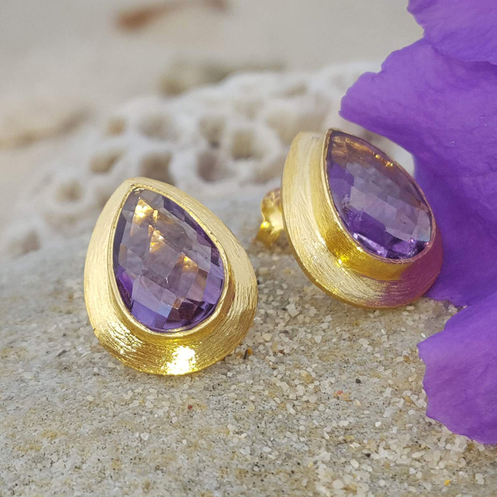 RAIN DROPS AMETHYST GOLD STUD EARRINGS