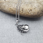 THE CLAW SILVER PENDANT