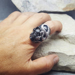 SNAKE SKULL BLACK AND SILVER RING