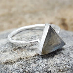 ARROW LABRADORITE SILVER RING
