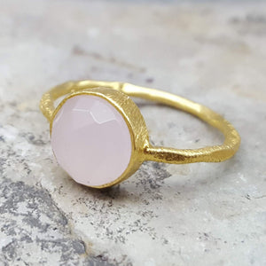 ROSES PINK CHALCEDONY GOLD RING
