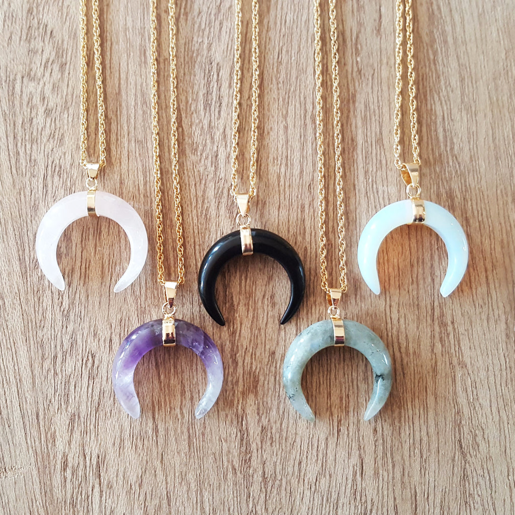 CRESCENT MOON NECKLACE ROSE QUARTZ
