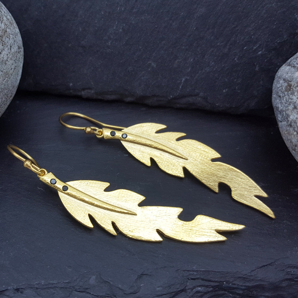 LEAF GOLD HOOK EARRINGS