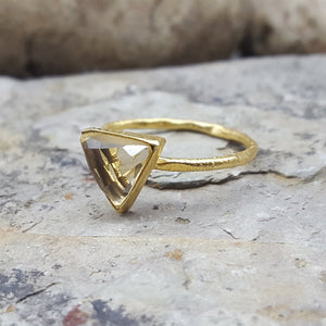 ARROW CITRINE GOLD RING