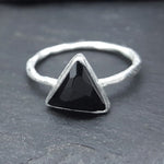 ARROW BLACK ONYX SILVER RING