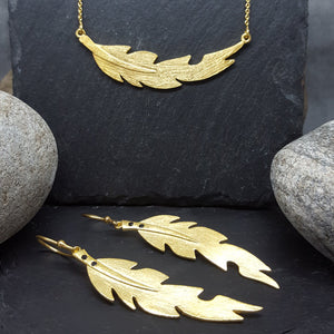 LEAF GOLD NECKLACE