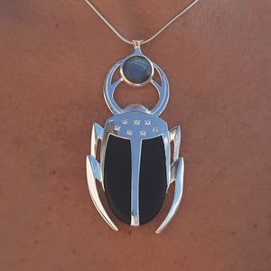 LUCKY BEETLE LABRADORITE SILVER NECKLACE