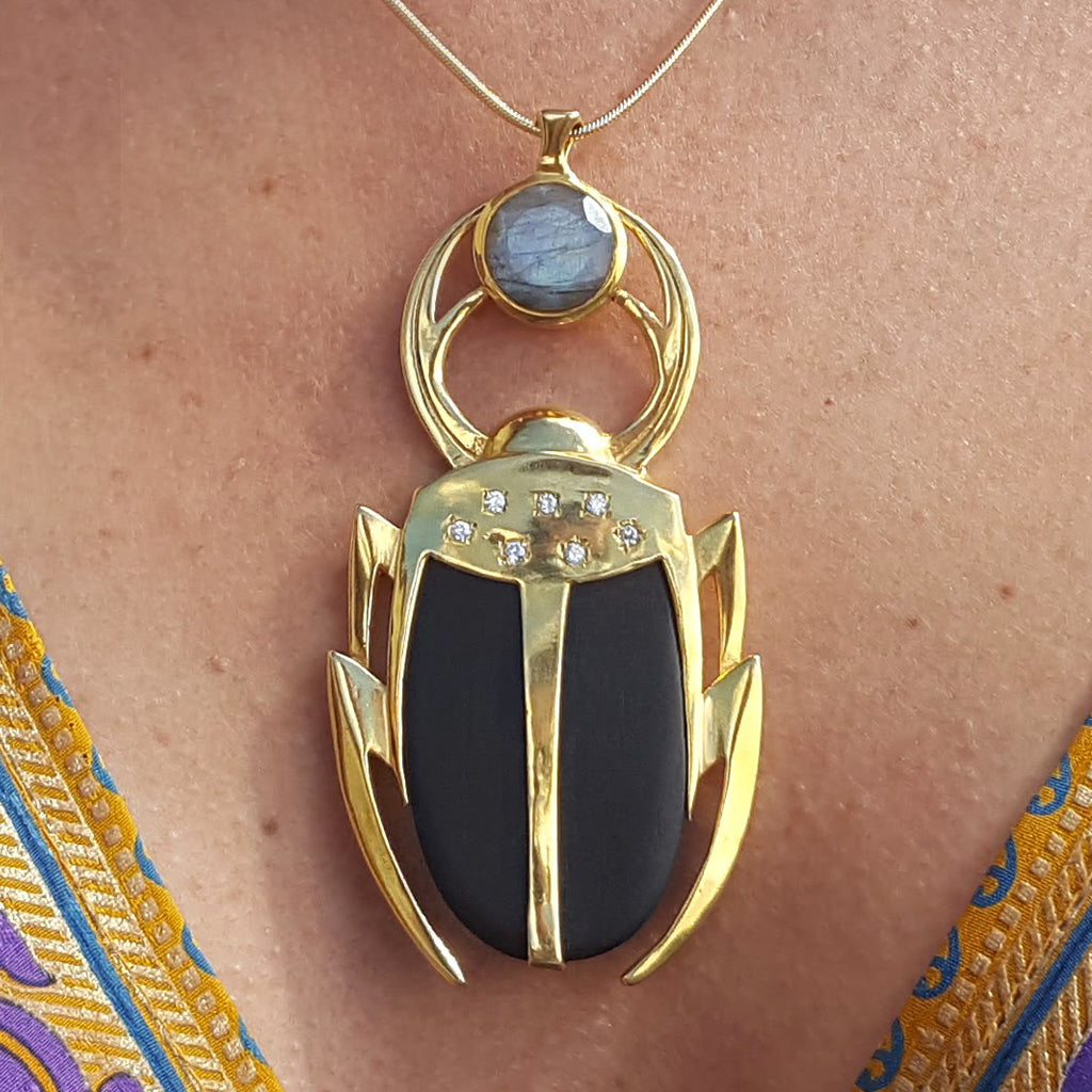 LUCKY BEETLE LABRADORITE GOLD NECKLACE