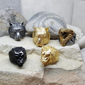 GOLDEN WOLF STEEL RING