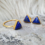 JEWELLERY SET. ARROW LAPIS LAZULI GOLD RING PLUS STUD EARRINGS