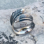 MAXI FEATHER RING