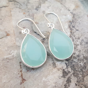 GOTA DE ORO AQUA CHALCEDONY SILVER HOOK EARRINGS