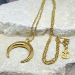 CRESCENT MOON NECKLACE GOLD