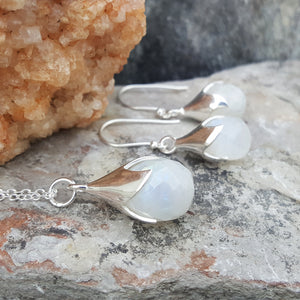 TULY MOONSTONE SILVER NECKLACE