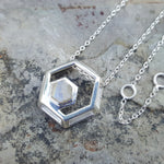 ROCK HEXAGON SILVER MOONSTONE CHAIN NECKLACE