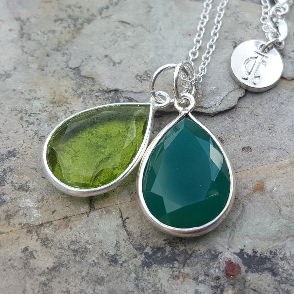 TEARS OF KALI PERIDOT AND GREEN ONYX SET SILVER