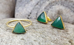 ARROW GREEN ONYX GOLD STUD EARRINGS