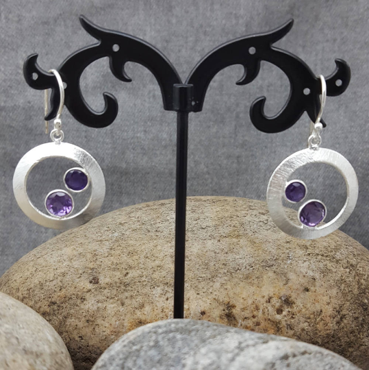 CHERRY AMETHYST SILVER EARRINGS