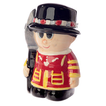 Red London Guardsman & Beefeater Figurine Salt & Pepper Cruet Set