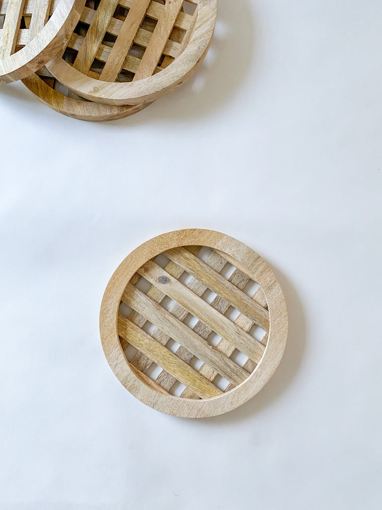 Round Wood Charger Placemat (Set of 4)