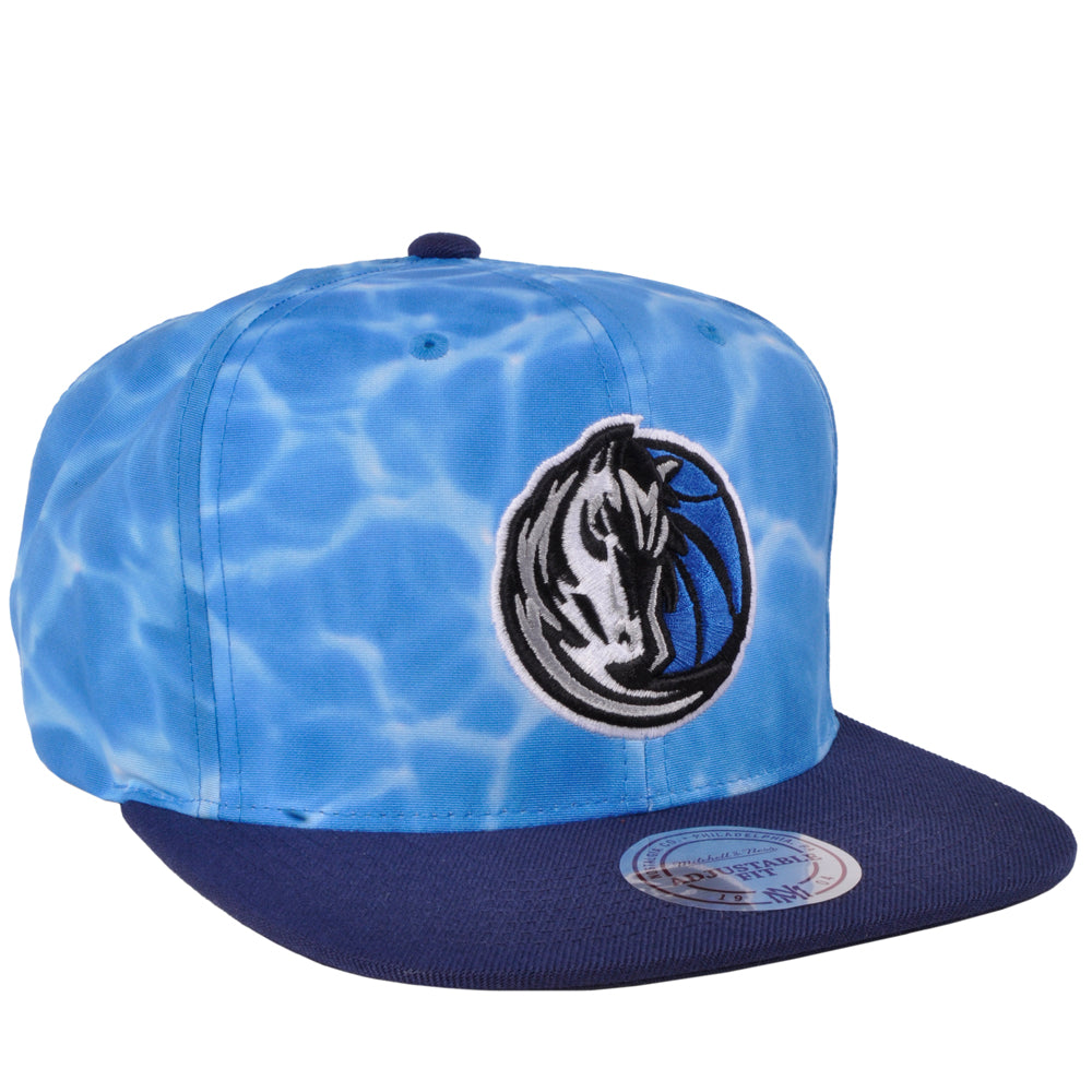 Limited Mitchell Ness Dallas Mavericks NBA Sport Surf Camo Ocean Snapback Hat