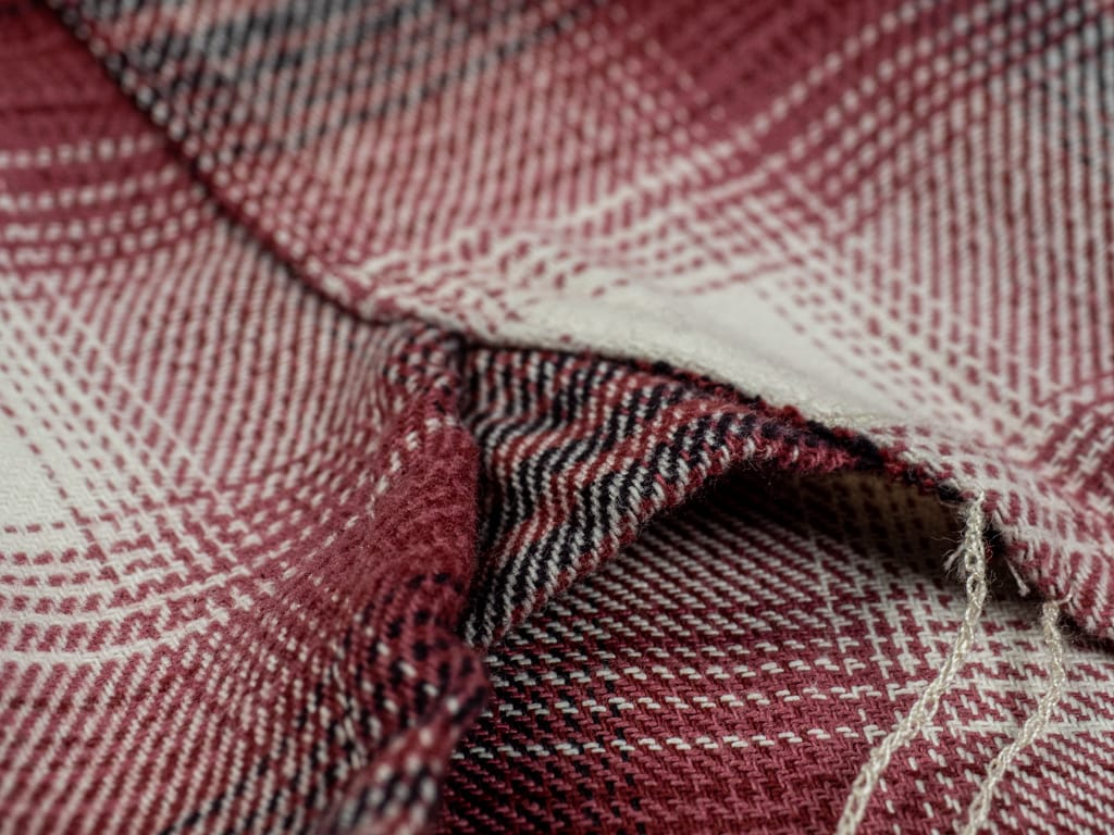 3sixteen Utility Shirt Red Flannel gusset detail