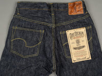 "ONI Denim 902 ""Kihannen"" Jeans back pockets"
