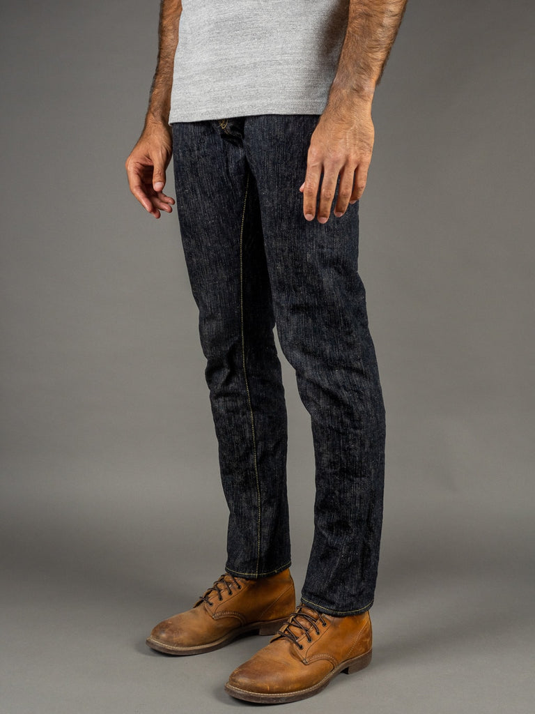 "ONI Denim 902 ""Kihannen"" High Rise Relaxed Tapered Jeans side"