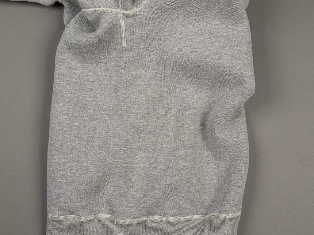 Strike Gold Loopwheeled Sweatshirt Gray tubular no side seams