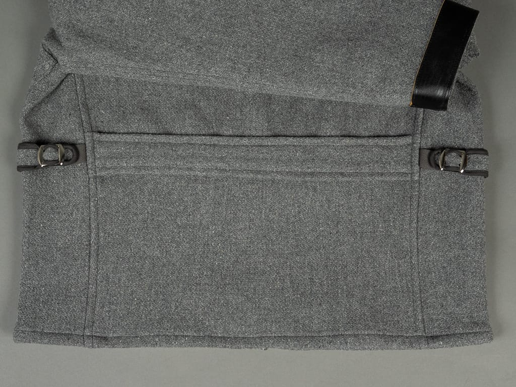 back waist cinch adjustment of Muller & Bros. Sports Jacket