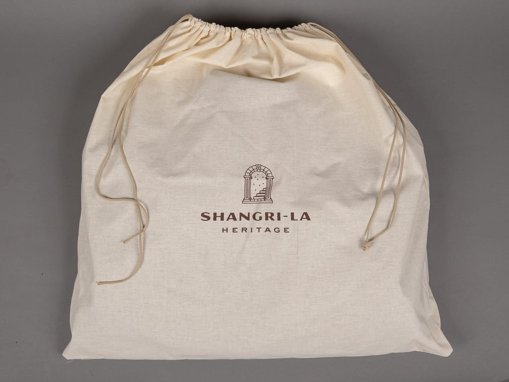 "Shangri-La Heritage ""Varenne"" Jacket organic cotton bag"