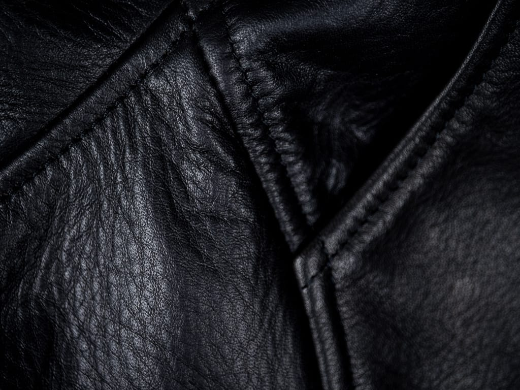 "Shangri-La Heritage ""Varenne"" Fur Collar Black Leather Jacket seams"