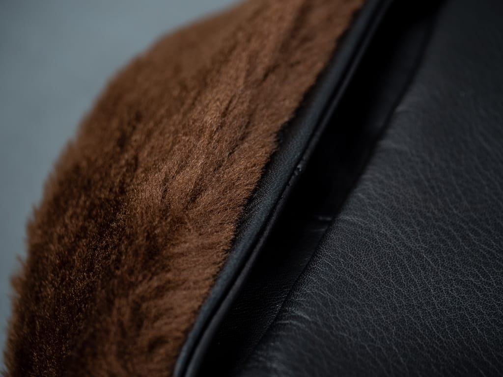 "Shangri-La Heritage ""Varenne"" brown Fur Collar Leather Jacket"