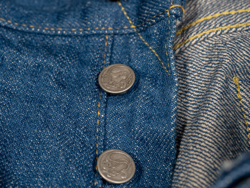 tanuki kt kaze tapered light indigo jeans buttons