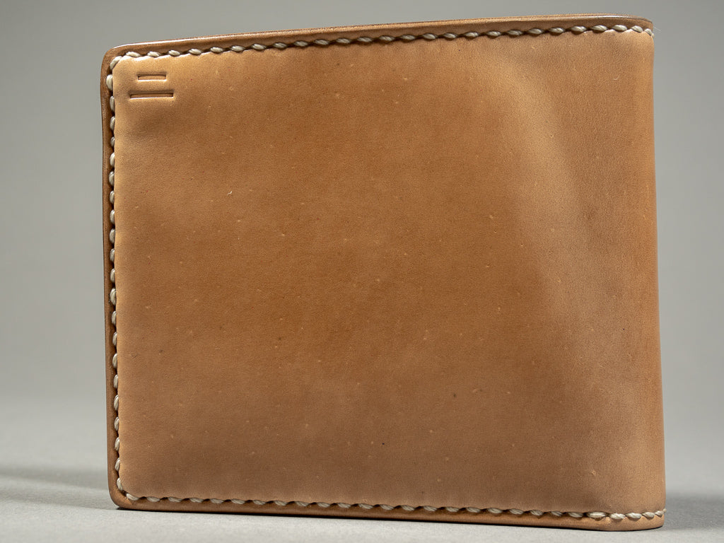 tanuki shell cordovan short bifold pocket wallet front