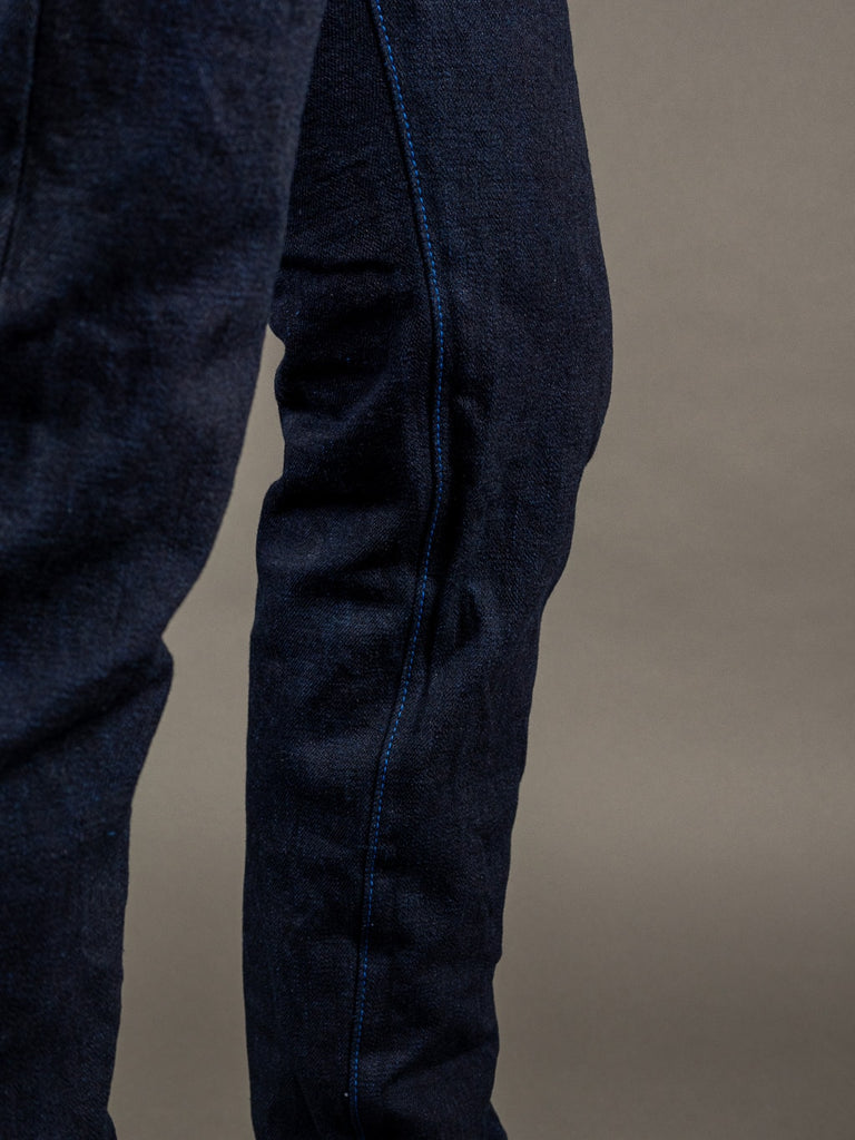 "Tanuki YUHT Natural Indigo ""Yurai"" High Tapered Jeans inseam"