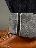 selvedge pink line of TCB 50´s japanese denim