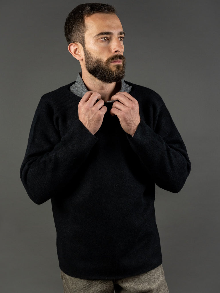 Tender Open Neck Pullover Black Cold Lambswool