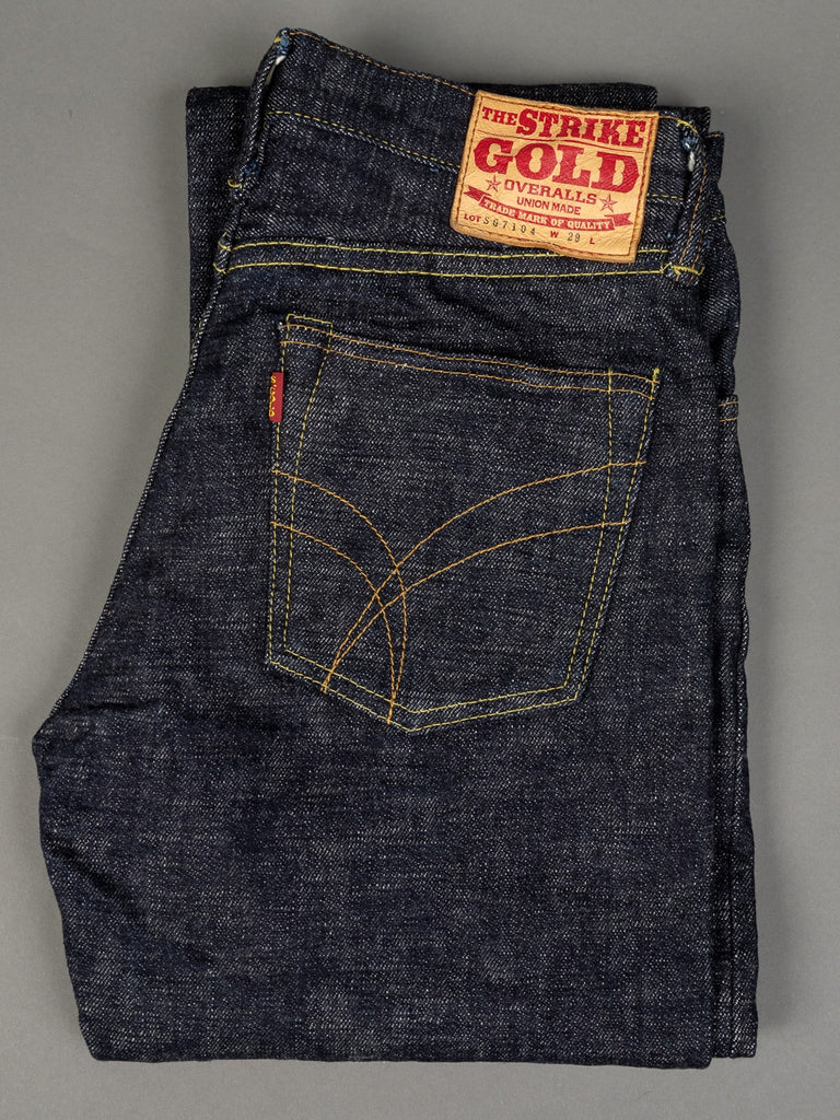 The Strike Gold 7104 Ultra Slubby Jeans fold