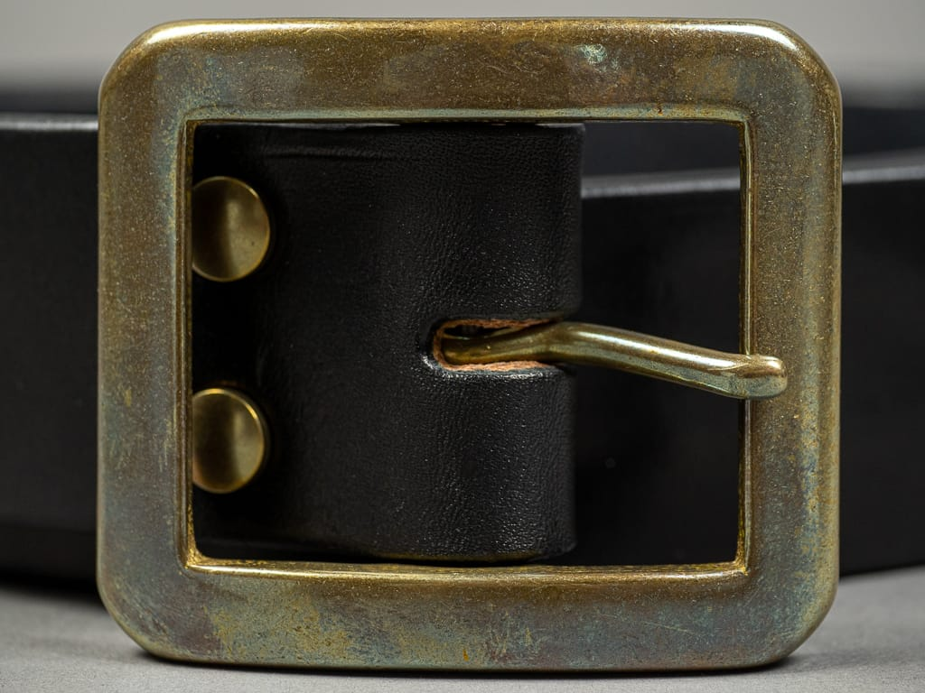 The Strike Gold Leather Belt Black brass buckle