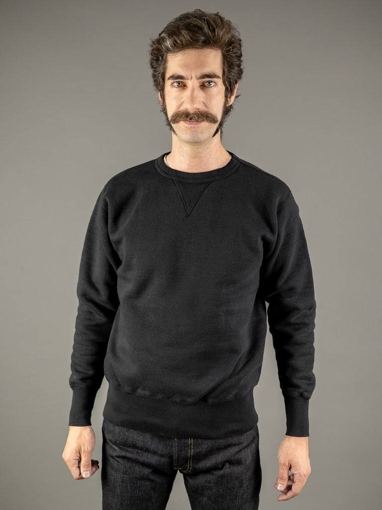 the strike gold loopwheeled sweatshirt black front