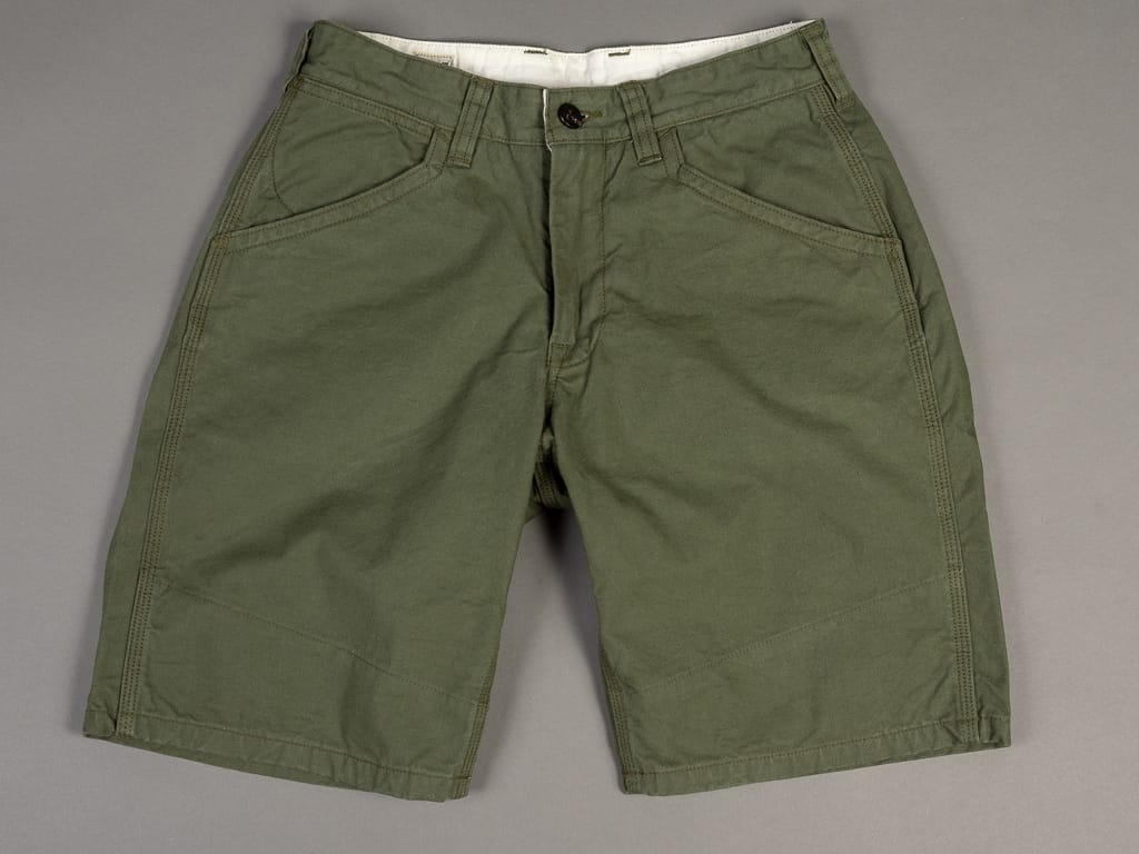 UES Duck Short Pants green front pockets