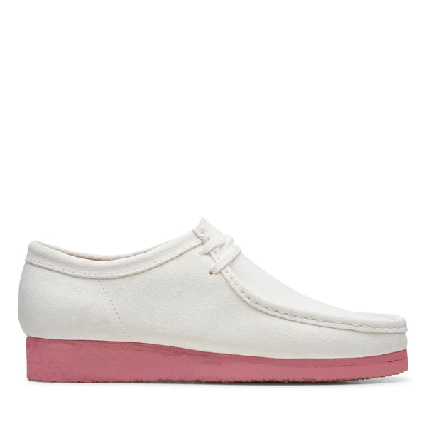 CLARKS 26148599 WALLABEE BRIGHT WHITE Pink  Designers Closet