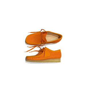 CLARKS 26150099 WALLABEE Men's Shoes Orange Textile  Designers Closet