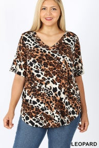 Zenana PLUS LEOPARD SHORT SLEEVE V-NECK TOP