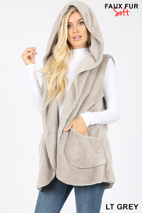Zenana HOODED FAUX FUR COCOON VEST WITH SIDE POCKETS