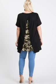 Story Teller Plus Top Camo Prink Back Detail