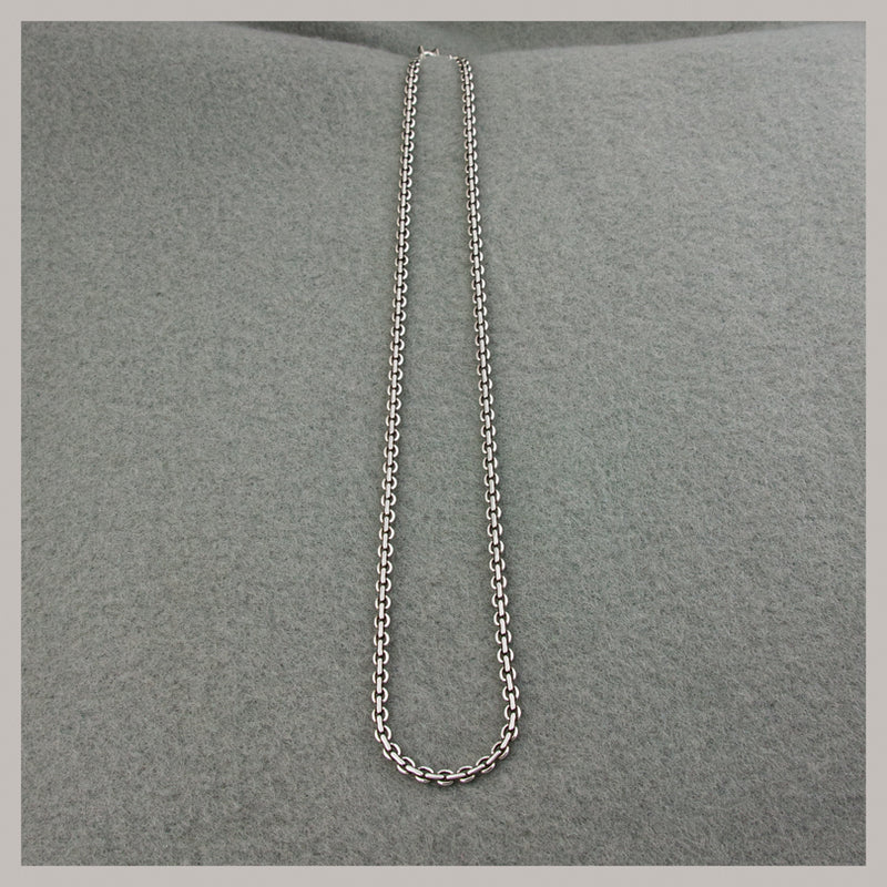 Large Round Loop Chain