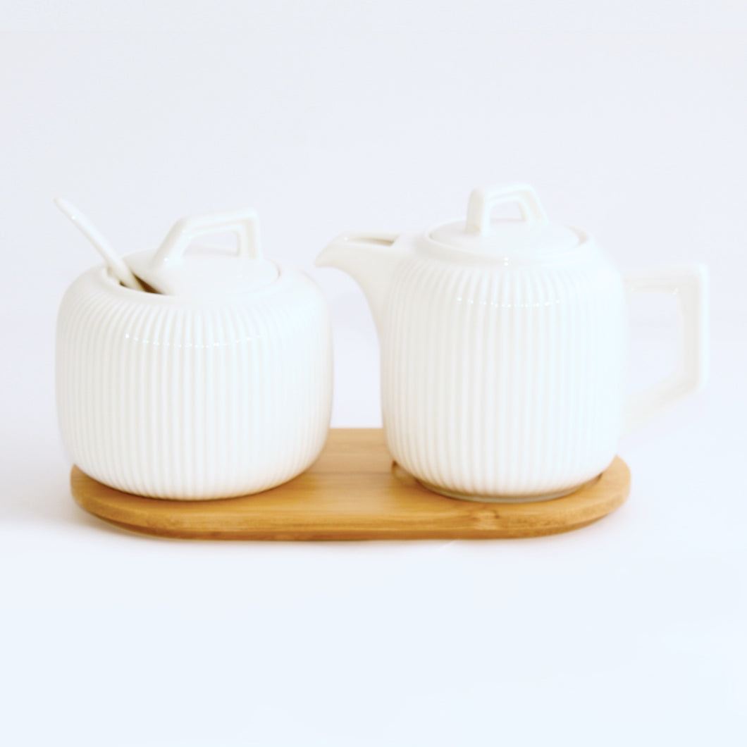 Milk & Sugar set With Wooden Base